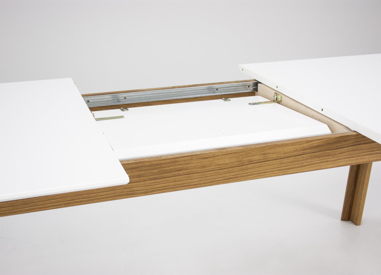 Spisebord fra tenzo. super nemt at trække ud. den ekstra plade er ...