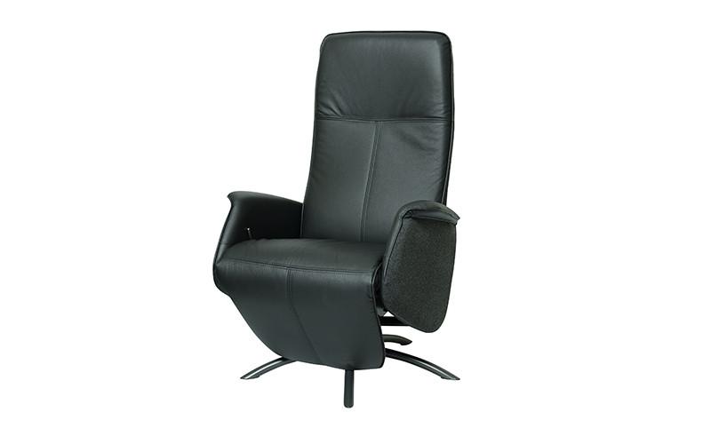 læderstol med indbygget fodskammel