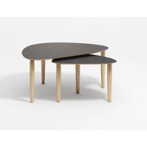 Katrine trekantet sofabord med egetræs ben